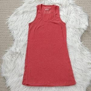 3/$20 Ribbed stretchable tank top, size XL
